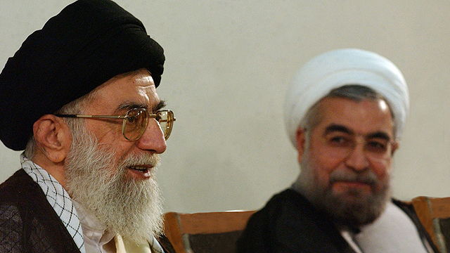 Iranian leaders Khamenei, Rohani (Photo: AP)
