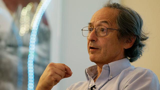 Профессор Майкл Левит