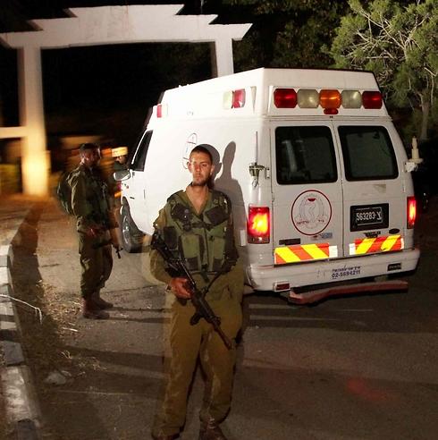 כוחות הביטחון בשטח באזור הבקעה  (צילום: עידו ארז) (צילום: עידו ארז)