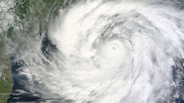 """הסופה """"פיילין"""" (צילום: AFP) (צילום: AFP)"""
