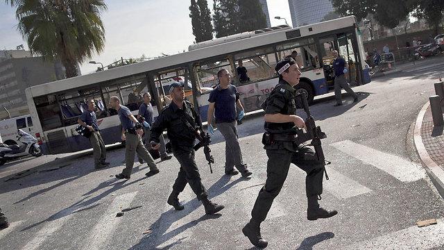 הפיגוע בתל אביב, נובמבר 2012 (צילום: AP) (צילום: AP)