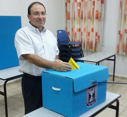 דב צור, ראש עיריית ראשון לציון ()