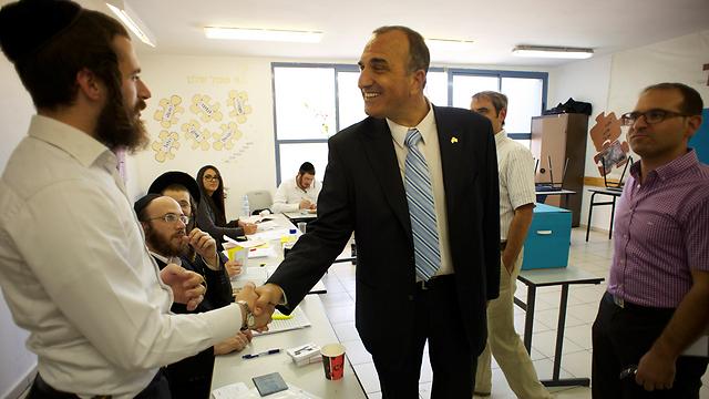 המועמד המפסיד אלי כהן (צילום: יובל חן)