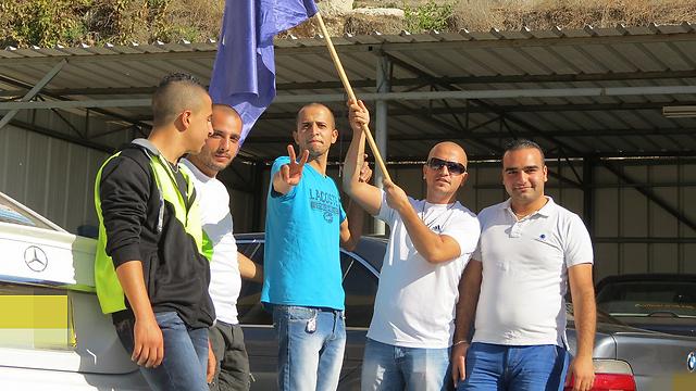"""תומכי סלאם חוגגים את """"ניצחונו"""", הקרב טרם הוכרע (צילום: חסן שעלאן) (צילום: חסן שעלאן)"""