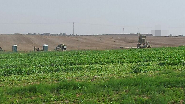 An Iron Dome battery in Netivot (Photo: Roee Idan)