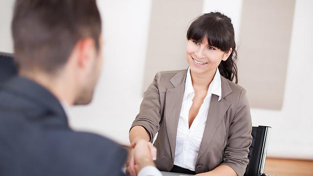 אילוסטרציה. עד כמה מעמיק יכול להיות ראיון עבודה? (צילום: shutterstock) (צילום: shutterstock)