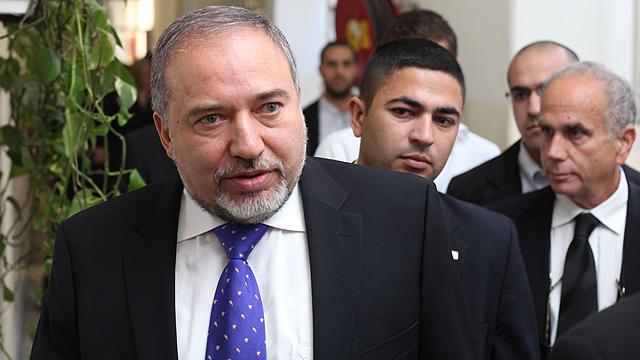 Lieberman claims deal launches regional nuclear arms race (Photo: Yoav Dudkovich, Walla)