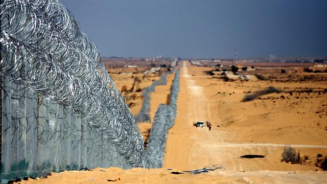 גבול ישראל-מצרים (צילום: רועי עידן) (צילום: רועי עידן)