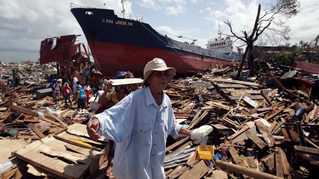 הספינות עלו על הקרקע (צילום: AP)