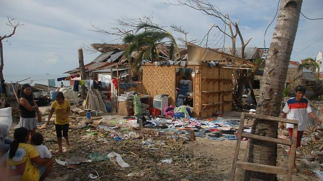 Destruction in Malapascua (Photo: Dov Zingerman) (Photo: Doc Zingerman)