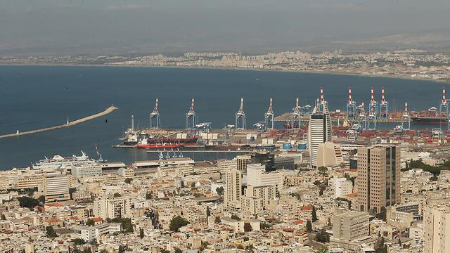 מפרץ חיפה (צילום: אלעד גרשגורן)