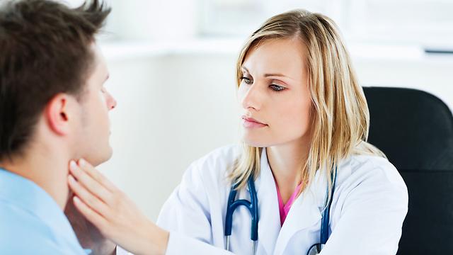 כל בירור רפואי התחילו תמיד אצל רופא/ת המשפחה שלכם (צילום: shutterstock) (צילום: shutterstock)