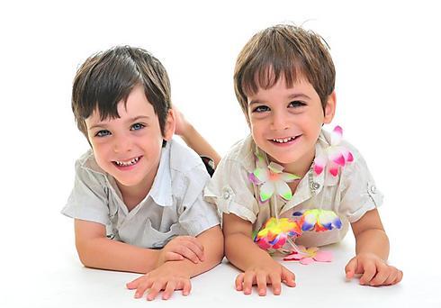 ים וארבל בני שלוש (צילום: סטודיו ממבט ראשון) (צילום: סטודיו ממבט ראשון)