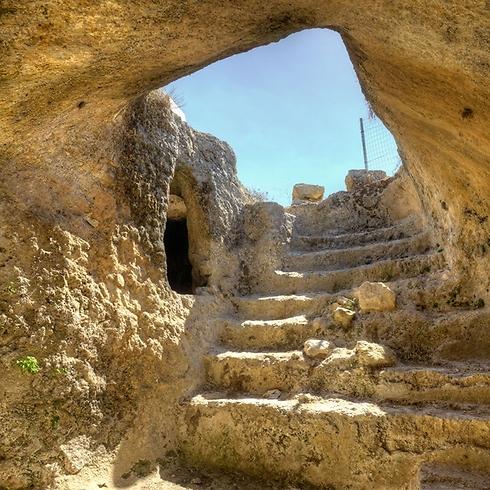 מקוה טהרה ציבורי בכפר הקדום פסגות (צילום: תיירות בנימין) (צילום: תיירות בנימין)