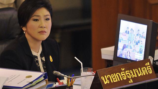 שרדה הצבעת אי אמון. ראש הממשלה יינגלוק (צילום: AFP) (צילום: AFP)
