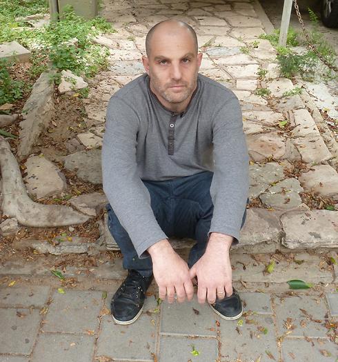 ערן קולירין. חיים על הפרורים (צילום: אמיר בוגן)