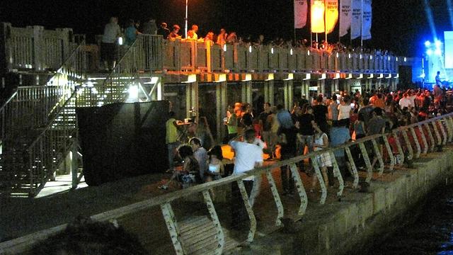 נמל תל אביב. לא היה מעבר חלופי מהחניון (צילום: לימור פרימרמן) (צילום: לימור פרימרמן)