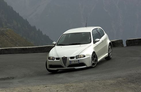 אלפא רומיאו 147 GTA ()