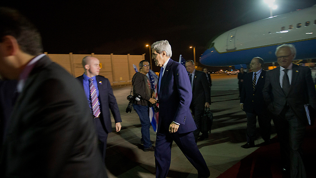 Kerry lands in Israel Wednesday night (Photo: AP)