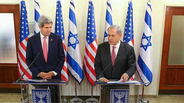 נתניהו עם מזכיר המדינה האמריקני ג'ון קרי (צילום: נועם מושקוביץ ) (צילום: נועם מושקוביץ )