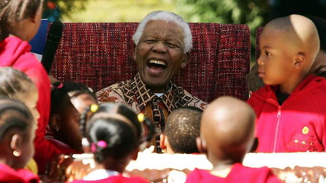 On birthday, 2007 (Photo: AFP)