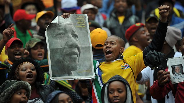 טקס האשכבה למנדלה בשבוע שעבר (צילום: AFP)