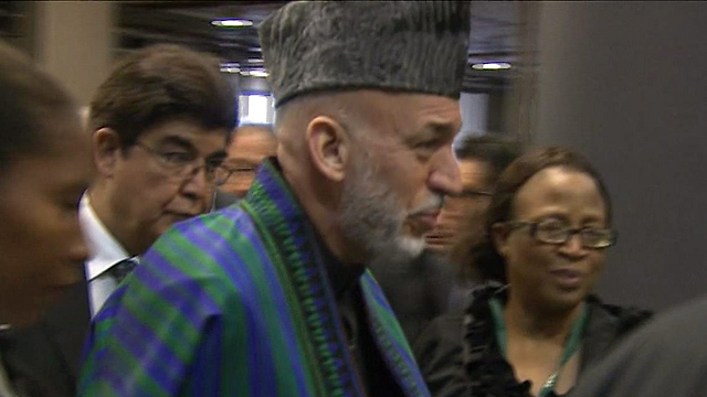 גם נשיא אפגניסטן חמיד קרזאי בא (צילום: AP) (צילום: AP)