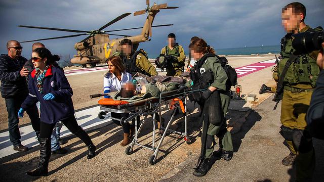 The evacuation (Photo: Avishag Shaar-Yashuv) (Photo: Avishag Shaar-Yashuv)