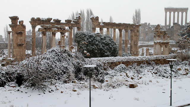 Winter weather in Lebanese Roman ruins (Photo: AFP) (Photo: AFP)