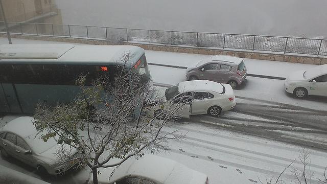 תאונה בירושלים (צילום: אלי מנדלבאום) (צילום: אלי מנדלבאום)