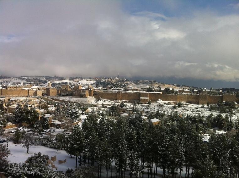 """תמונת נוף של העיר העתיקה מהסוויטה הנשיאותית של מלון """"המלך דוד"""". ירושלים (צילום: רן בר)"""