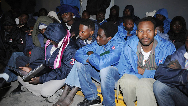 Migrants in Beersheba (Photo: Herzel Yosef)