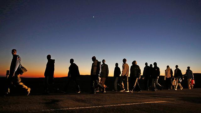 מחאת מבקשי המקלט נגד מתקן חולות. ניצחון חלקי (צילום: רויטרס) (צילום: רויטרס)
