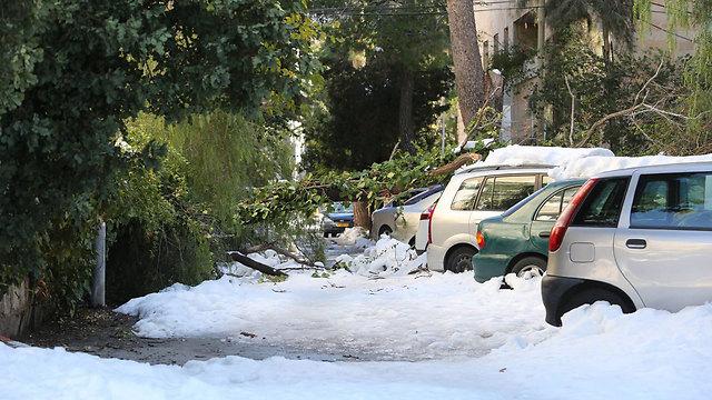 ליקויים בטיפול בסערת השלגים ב-2013 (צילום: גיל יוחנן)