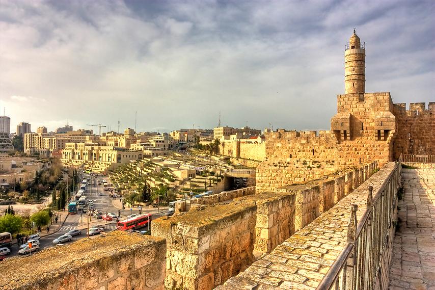 חיזיון לילי. חומות מגדל דוד בירושלים (צילום: shutterstock)