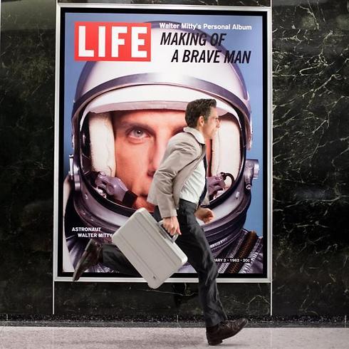 """לאן הוא רץ? לשם מקום. """"חייו הסודיים של וולטר מיטי"""" ()"""