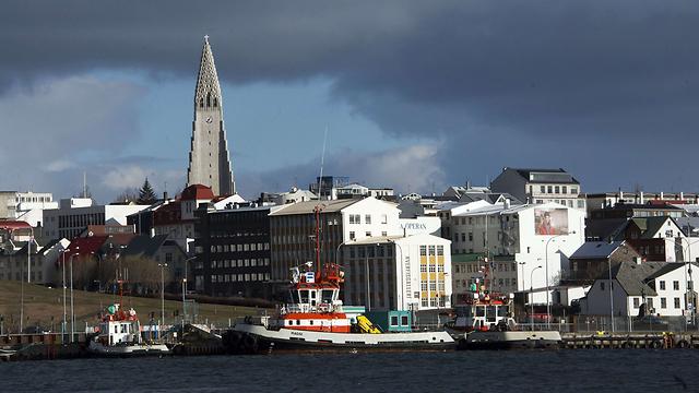 בירת איסלנד, ריקיאוויק. רשות התחבורה כבר רגילה למאבקים (צילום: AFP) (צילום: AFP)
