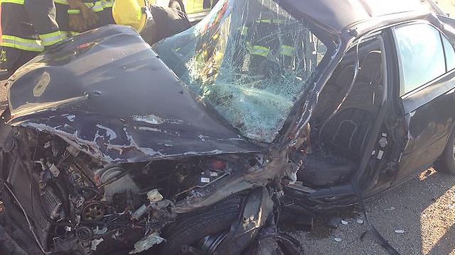 זירת התאונה בצומת הזורעים (צילום: משה ממן - חדשות 24) (צילום: משה ממן - חדשות 24)