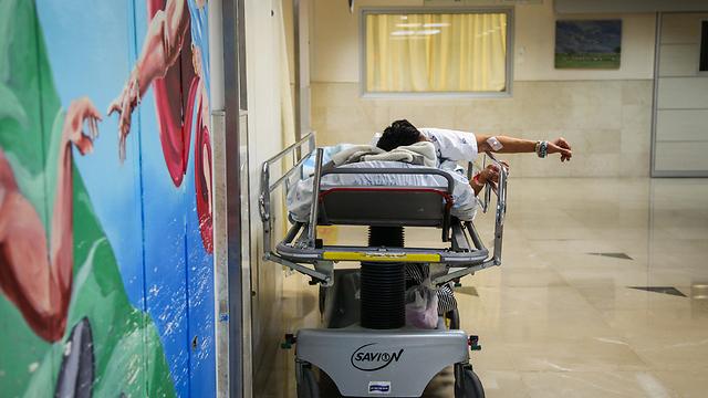 """מערכת בקריסה שדוחפת את רופאיה לחו""""ל. העומס ברמב""""ם (צילום: אבישג שאר-ישוב)"""