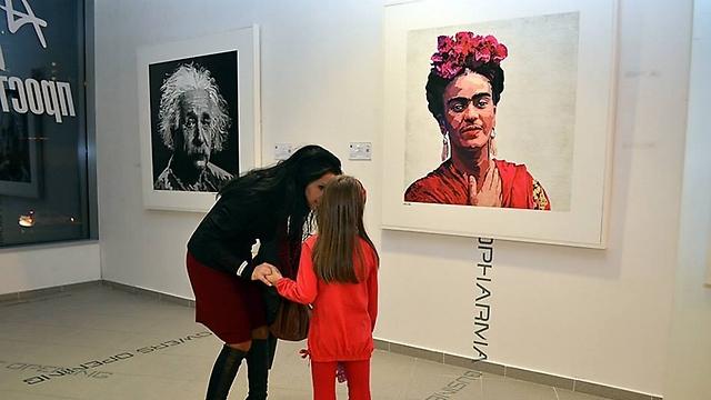 התערוכה של אילן אדר בבולגריה (צילום: Art Rental)