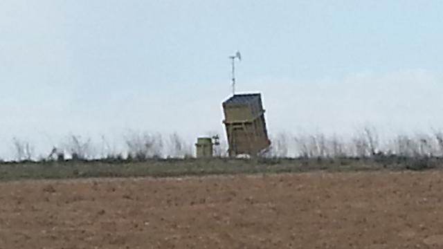 The Iron Dome battery in Sderot (Photo: Roee Idan)