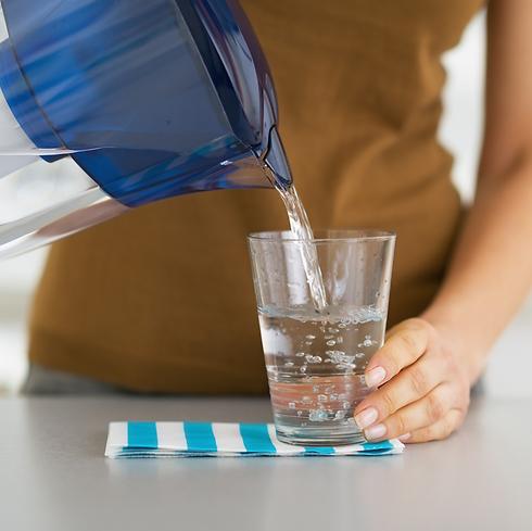 מה באמת יש במים שלכם? (צילום: shutterstock)