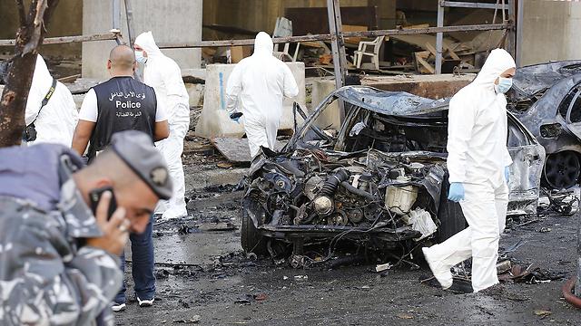 הזירה אחרי הפיצוץ (צילום: AFP) (צילום: AFP)