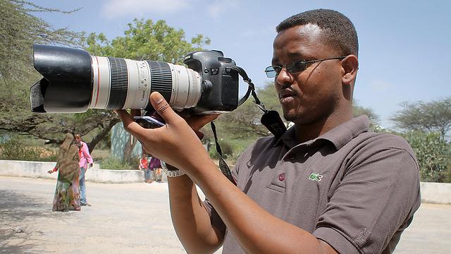 נהרג בסומליה. העיתונאי מוחמד מחמוד (צילום: AP) (צילום: AP)