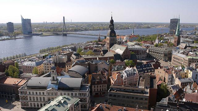 מה שטוב לאירופה, לא טוב לישראל. ריגה, בירת לטביה (צילום: AFP)