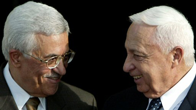 Sharon with Abbas (2003) (Photo: Reuters) (Photo: Reuters)