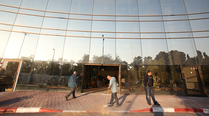 Sheba Medical Center, Where Ariel Sharon Is Fighting For His Life (Photo:  Yaron