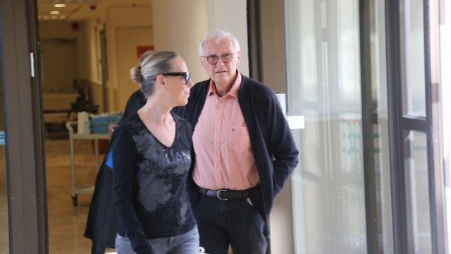 ראובן אדלר בבית החולים (צילום: מוטי קמחי ) (צילום: מוטי קמחי )