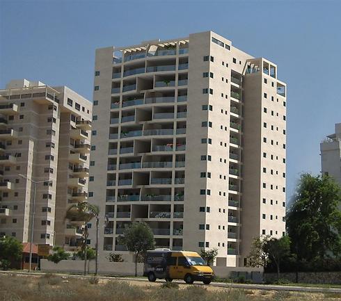 פרויקט בית וגן באשדוד. משקיף לים - והמחירים בהתאם (הדמיה: א.צרפתי) (הדמיה: א.צרפתי)