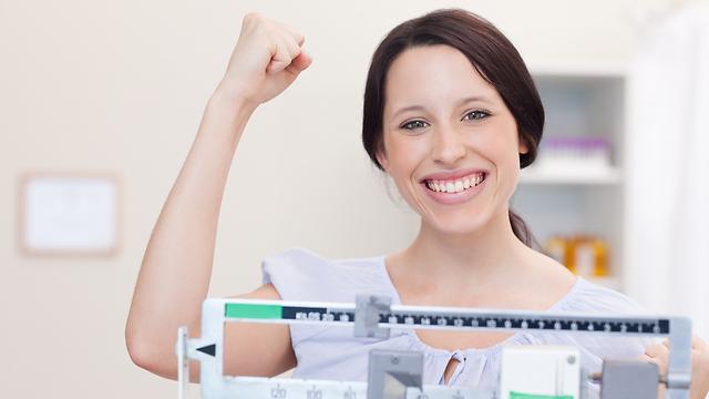 האם אפשר לדעת כמה שומן איבדנו? (צילום: shutterstock) (צילום: shutterstock)